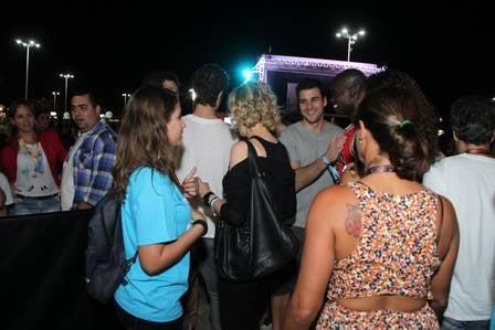 Apresentadora Marília Gabriela é barrada em área vip de festival
