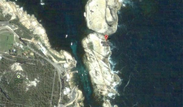 Turista fica preso duas semanas em ilha ao ser encurralado por crocodilo
