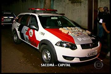Empresário é roubado e ladrões abandonam carro com R$ 150 mil