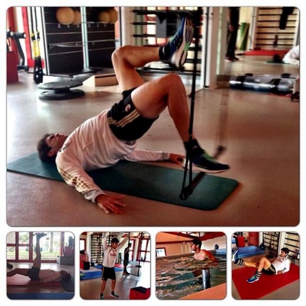 Kaká faz fisioterapia no Milan e diz: