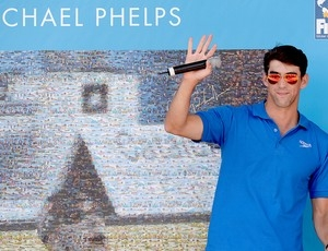 Phelps supera