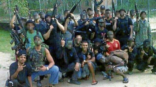 Bandidos de morro do Rio usam táticas do Exército para sobreviver na mata