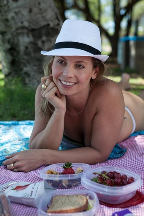 Blogueira ensina como manter a forma durante viagem de férias
