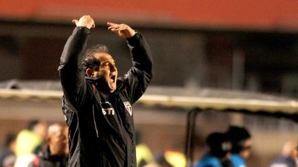 Muricy rebate técnico rival e culpa preparo físico do Tricolor por empate