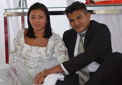 Penintenciária celebra um casamento coletivo com 15 duplas de detentos
