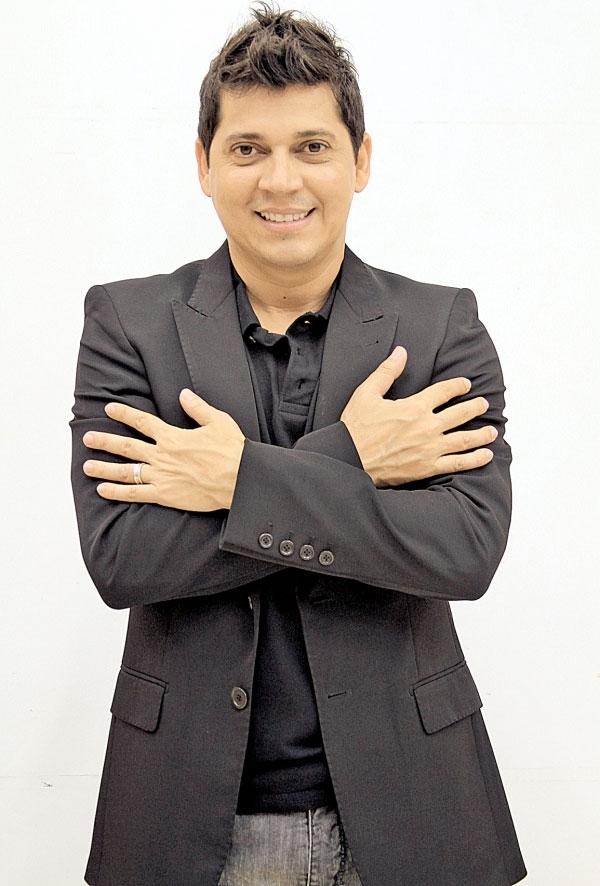 Picos Inside é glamour e alegria com apresentação romântica do cantor Daniel Boaventura dia 03/10