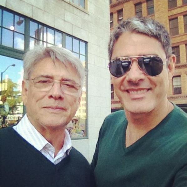 Em Nova York, William Bonner comemora indicação ao Emmy