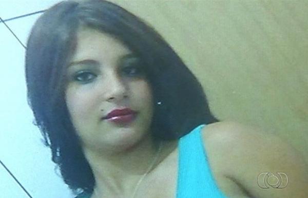Carro conduzido por menor capota e mata menina de 13 anos
