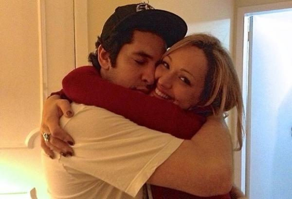 Viúva de Champignon mostra na internet penúltima foto do casal