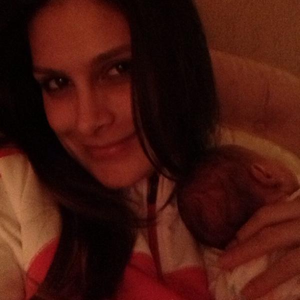 Natália Guimarães madruga por causa das filhas