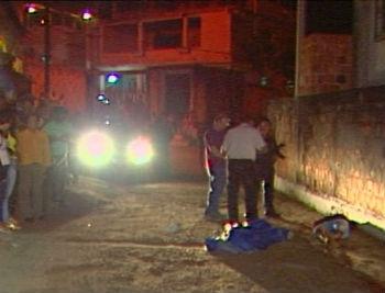 Homem é executado com 13 tiros e suspeito consegue fugir da polícia em Vila Velha