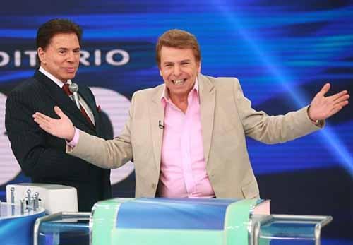 Silvio Santos brinca sobre selinho em Gilberto Gil: