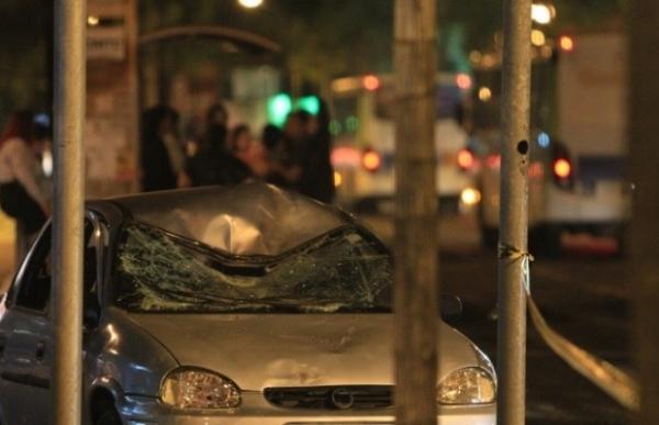 Casal morre atropelado após sair do trabalho  em Goiânia