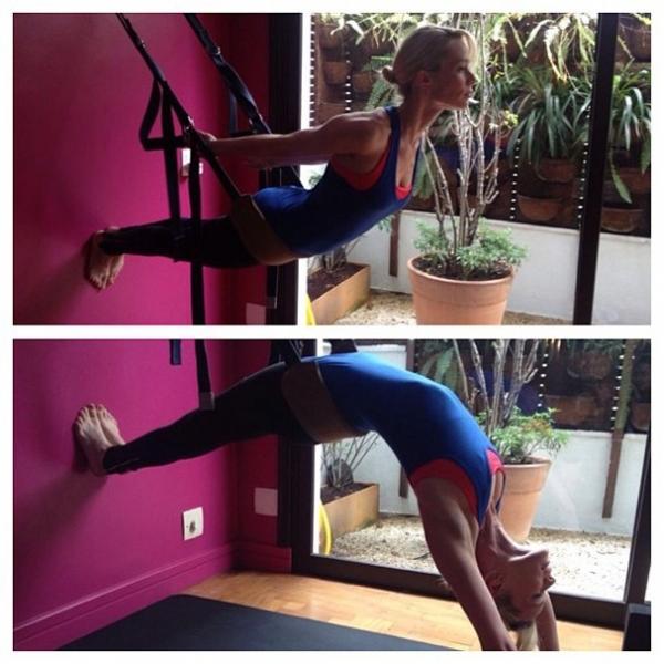 Mariana Ximenes exibe elasticidade e boa forma em aula de ioga