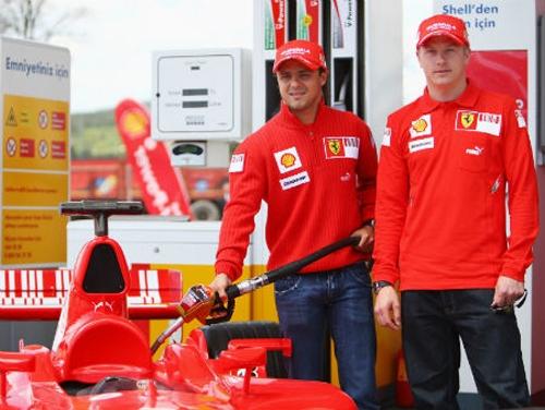 Massa perderá emprego na Ferrari para Raikkonen, diz imprensa alemã