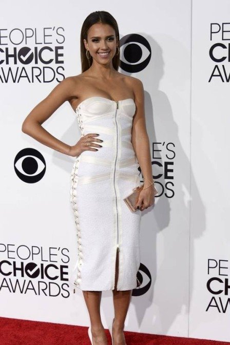 Branco está na moda! Cor foi a favorita das famosas no People?s Choice