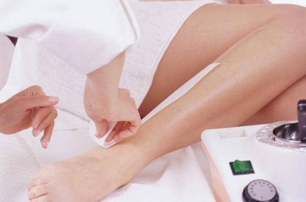 Especialistas indicam o que fazer durante e após a depilação