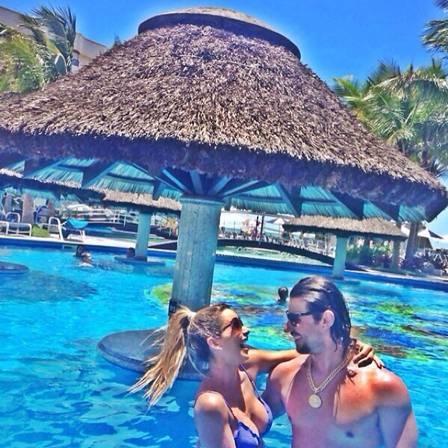 Dany Bananinha curte férias romântica com o namorado, Mariano, em Fortaleza: ?A gente faz tão bem um pro outro?