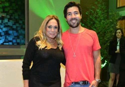 Após quatro anos, namoro de Susana Vieira e Sandro Pedroso chega ao fim