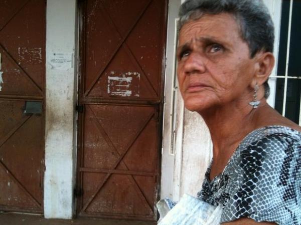 MA: mulher de 67 anos se alimenta de