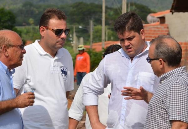 Vereador destaca parceria com PMT para execução de obras