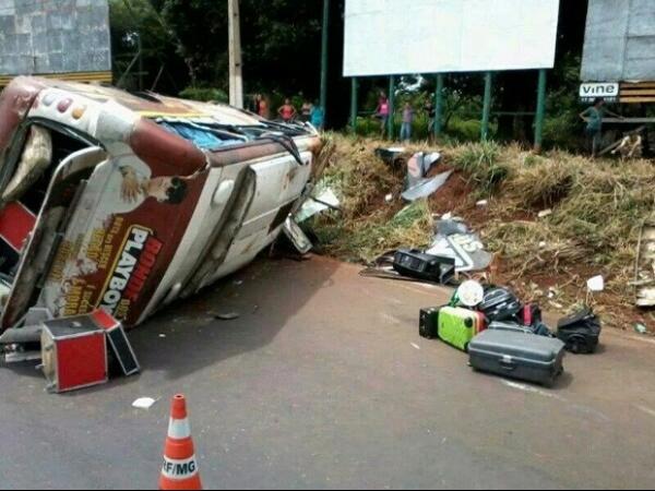 Integrante de banda da Bahia morre em acidente em rodovia de MG