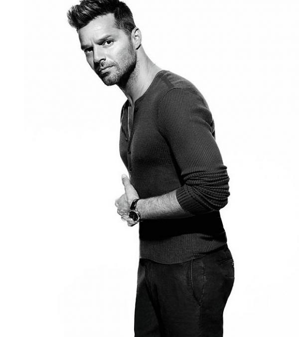 Ricky Martin termina relacionamento com Carlos Abella