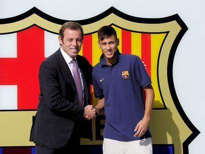 Neymar seria o mais caro do mundo; Barça desviou R$ 121 mi, afirma jornal