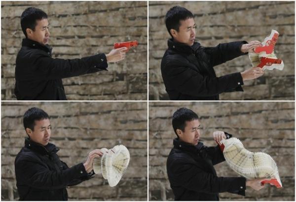 Artista chinês faz esculturas incríveis usando apenas folhas de papel