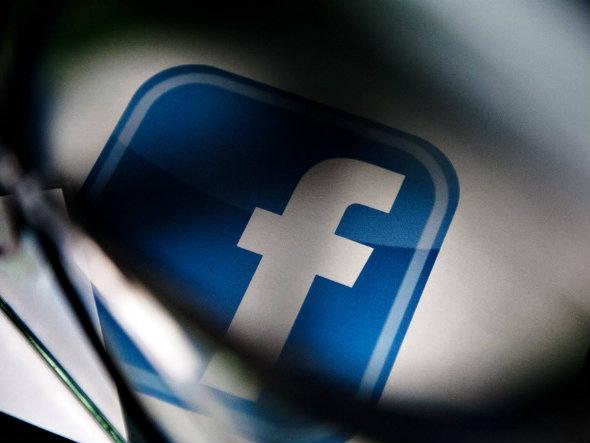 Brasileiro recebe maior prêmio do Facebook após encontar bug