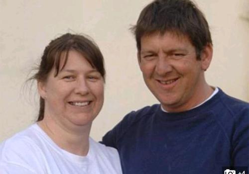 Mulher doa rim para marido e quer órgão de volta após suposta traição