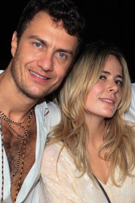 Gabriel Nunes faz pedido de casamento após saber de gravidez, segundo coluna