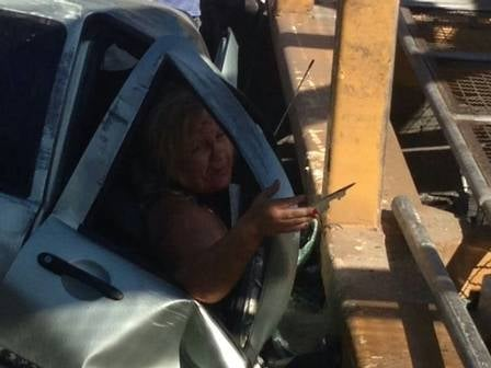 Mulher que ficou presa às ferragens em Palio destruído durante acidente na Linha Amarela chora aliviada: ?Estou viva?
