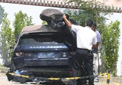 Após acidente de carro, Isis Valverde tem fissura na vértebra cervical