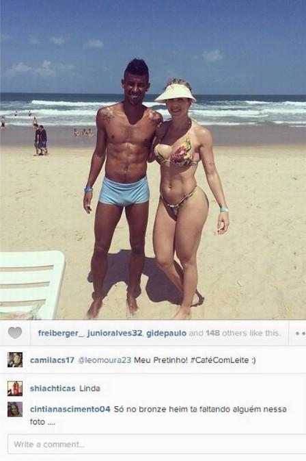 Esposas de jogadores aproveitam bem o verão e exibem corpões pelas redes sociais