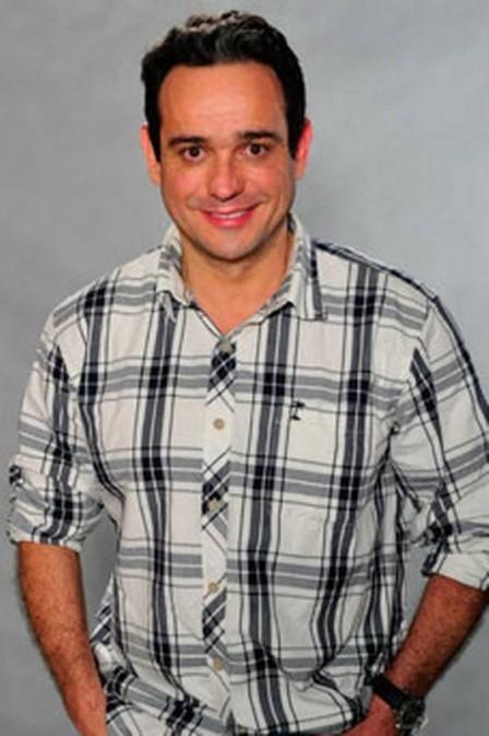 M綟 acusa ator de roubar R$ 400 mil para pagar traficantes e prostitutas