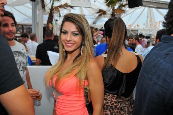 Babi Rossi e affair curtem mesma festa, mas não posam juntos