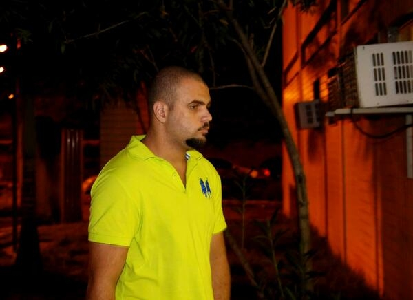 Suspeito de jogar a ex-namorada do terraço em São Gonçalo se entrega