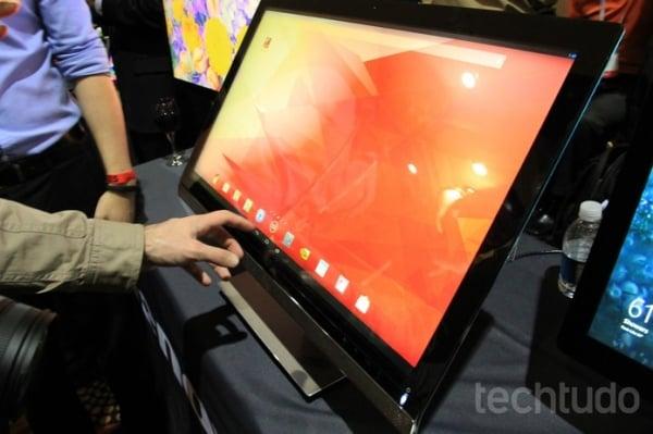 CES 2014: Lenovo apresenta o ThinkVision 28, monitor 4K que roda Android