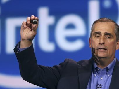 CES 2014: Intel lan軋 computador do tamanho de um cart縊 SD