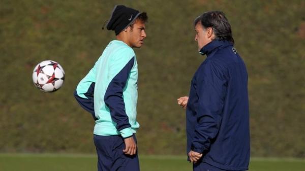 Neymar tem gastroenterite e est fora do jogo do Barcelona contra o Getafe, pela Copa do Rei