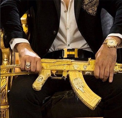 Chefe do tráfico no Mexico é rastreado e preso ao postar fotos luxuosas