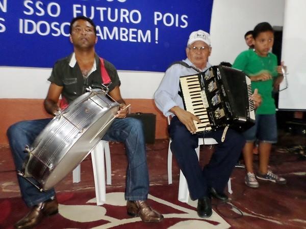 Idosos de Avelino Lopes são homenageados mais uma vez - Imagem 2
