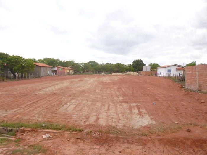 TEVE INICIO A CONTRUÇÃO DE UMA QUADRA POLIESPORTIVA NO BAIRRO MODELO. - Imagem 6
