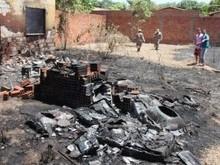 Incêndio atinge loja de material de construção civil no Parque Brasil