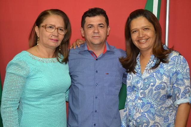 Vice-prefeita Lucia Lacerda assumi a prefeitura de Pimenteiras - Imagem 41