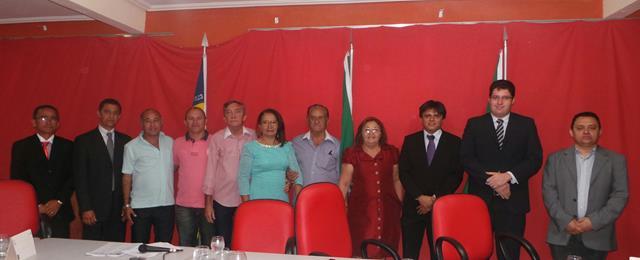 Vice-prefeita Lucia Lacerda assumi a prefeitura de Pimenteiras - Imagem 5