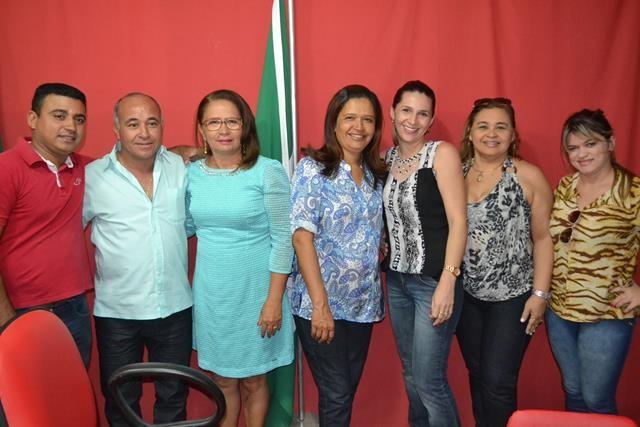 Vice-prefeita Lucia Lacerda assumi a prefeitura de Pimenteiras - Imagem 38