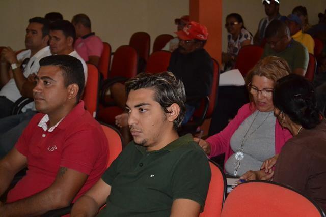 Vice-prefeita Lucia Lacerda assumi a prefeitura de Pimenteiras - Imagem 30
