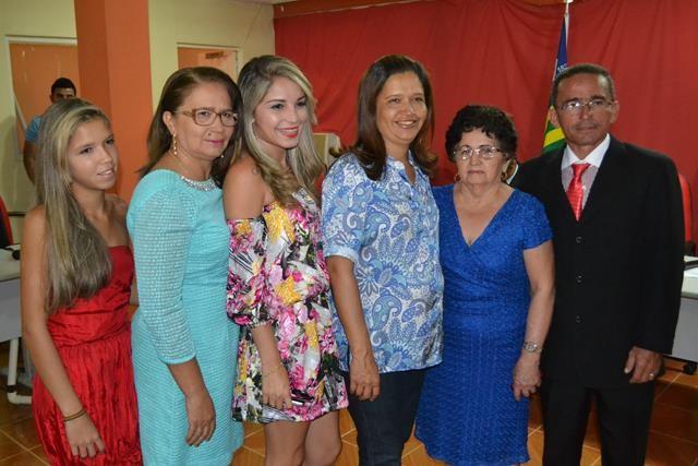 Vice-prefeita Lucia Lacerda assumi a prefeitura de Pimenteiras - Imagem 57